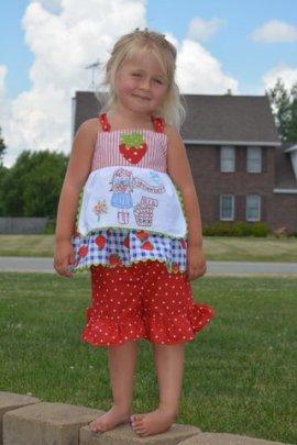 g in strawberry dress